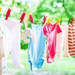 Como tirar manchas das roupas das crianças