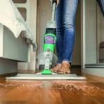 Como adaptar a limpeza da casa ao momento que estamos vivendo?