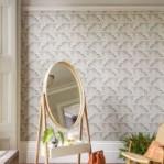 Como limpar espelho: 4 dicas para higienizar corretamente