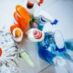 Anvisa alerta aumento de intoxicação por produtos de limpeza; veja cuidados
