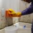 5 soluções caseiras para eliminar o mofo na parede