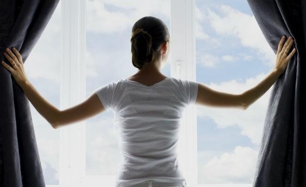 como-limpar-cortina-e-persiana