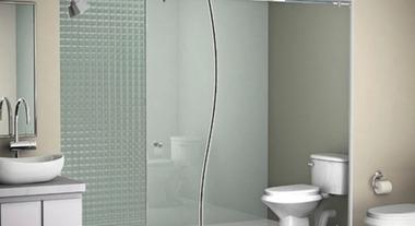 aprenda_dicas_uteis_de_como_limpar_o_box_do_banheiro_ca32_380x207